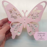 Invitatii de botez in forma de fluturas roz